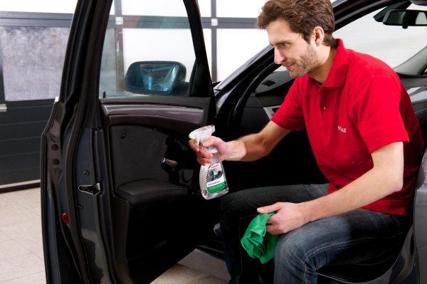 Dung dịch làm sạch nội thất xe SONAX Interior Cleaner, 500ml